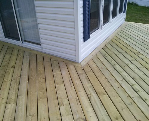 Deck Construction-Tri Square Dauphin